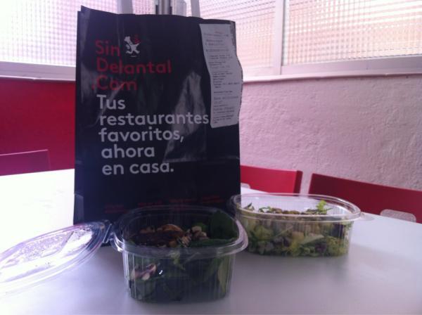 ¿No te apetece cocinar? ;) ¡Aprovecha nuestro cupón  FINMARZO (40% de descuento hasta el 04.04)! http://t.co/nUL0SsEa