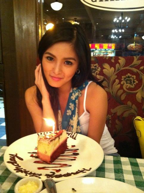 Excellent Haidz Fernandez On Twitter Pls Support Kim Chiu For Her Official Funny Birthday Cards Online Eattedamsfinfo