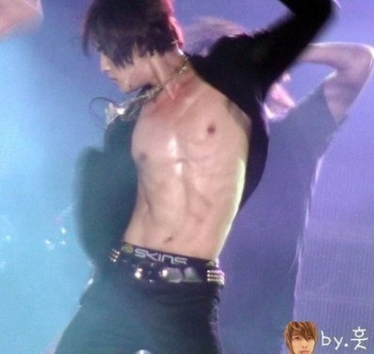 Yunho Abs Jaejoong Abs | www.img...