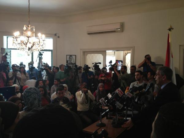 نص كلمة عمرو موسى أثناء المؤتمر الصحفي المنعقد يوم ٢٨ مايو ٢٠١٢  http://t.co/0LjP6d3m http://t.co/pKc2IKnP