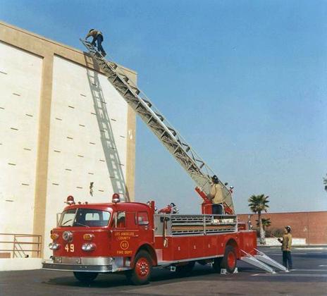 lacofd on twitter lacofd history 1971 american lafrance 100 foot