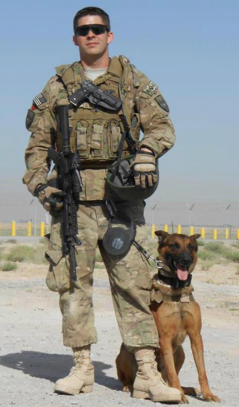 marine corp dog handler