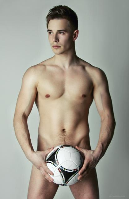 golie-futbolisti-ukraini
