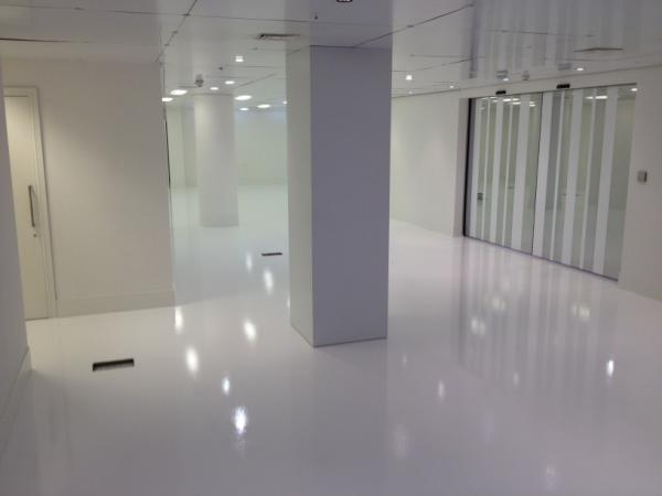 Resin Flooring Uk On Twitter New White Floor Installed By Rfs At Alfa Romeo Fiat Wigmore Street London Over The Bank Holiday Weekend