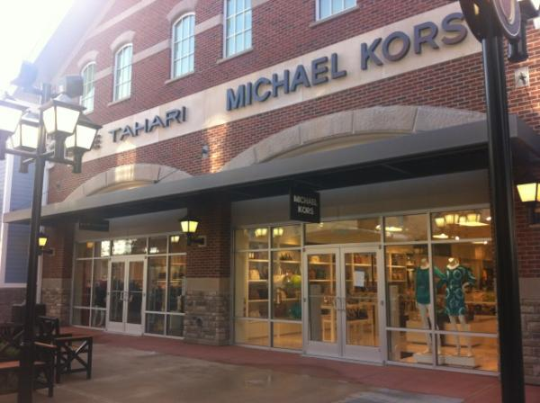 Premium Outlets On Twitter Merrimack Nh Opens