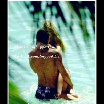 tom kaulitz sexy in maldives