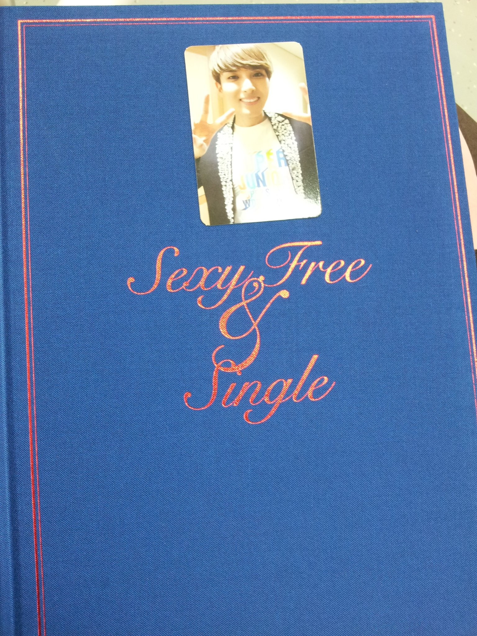 RT @EverLastingFans: [PIC] 'Sexy, Free & Single' Ryeowook Photocard! http://t.co/UrCw2aNt cr: 712jay