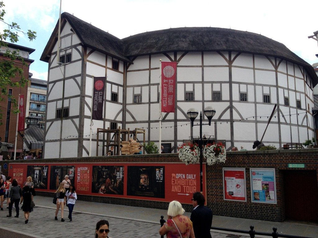 @TheRSC had an amzing day yesterday at the #globe the weather was amazing and show blow me away. #seeyousoon http://t.co/dTwSobiU