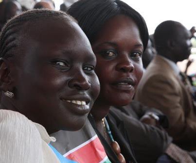 Alek Wek  - Can't believ ssudan twitter @TheRealAlekWek