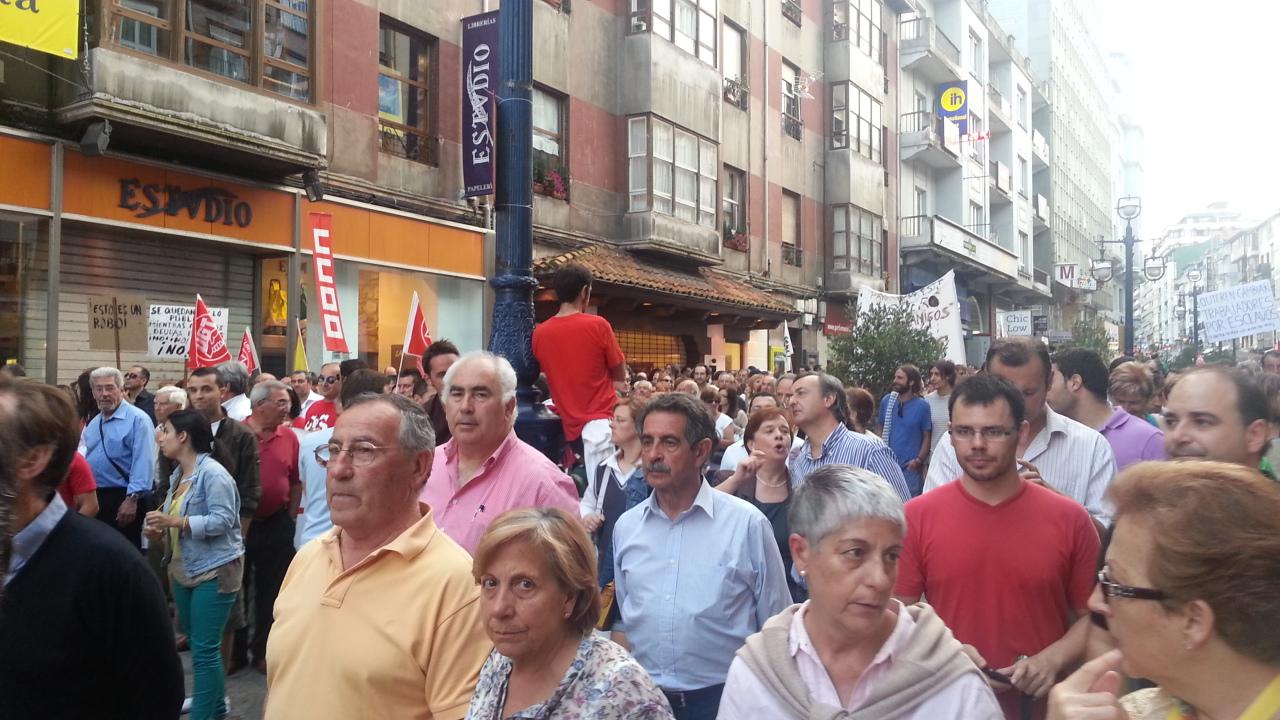"""Manifestación de la España Vaciada: """"Ser Pocos no resta derechos"""" AyME9OJCEAAvOvy?format=jpg&name=large"""