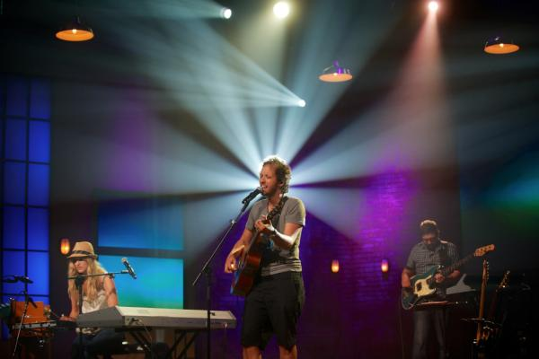 Here's an image of Gungor rehearsing this evening.  The Leadership Summit will be awesome!  #wcagls http://t.co/9RzEXJUc