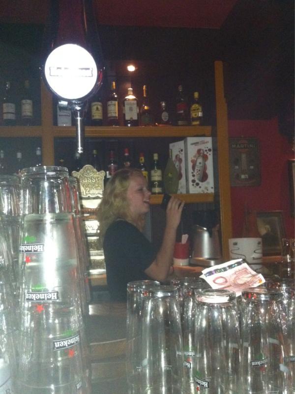 voorbereidingen Zijn nu in volle gang! Op 1 september zijn de zingende barkeepers in #obbespub terecht @lessiepesssie