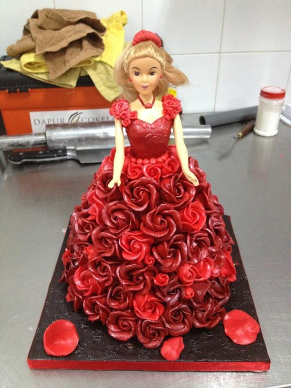 Dapur Cokelat on Twitter Ini Birthday Cakenya uchiet She likes