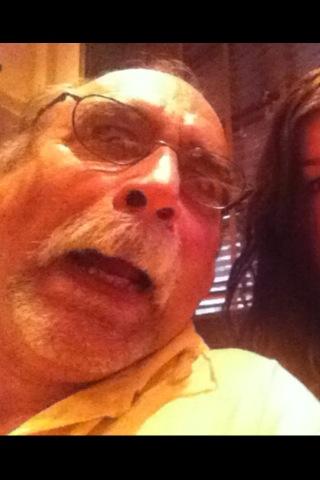 Err mah gerrddd it's grandpa. #selfies #dead http://t.co/JWqArDbQ