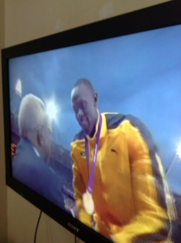 Fastest man in the World UB Bolt …….Congrats on the Gold Medal. http://t.co/3uuFiETt