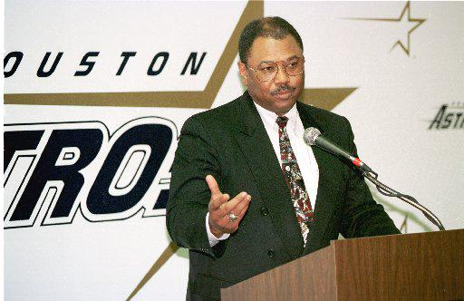 Bob Watson was the first black VP/GM in MLB history with the Houston Astros #BlackHistoryYouDidntLearnInSchool http://t.co/nhQoCd18dT