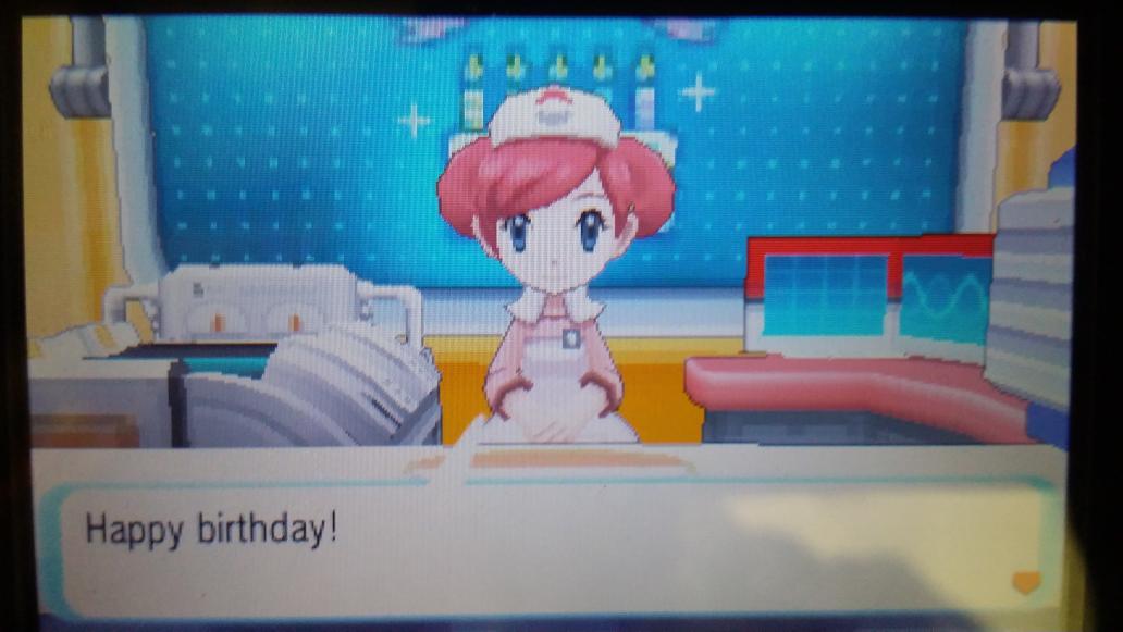 เกิดวันเดียวกับวันที่เกม Pokemon ออก (แน่นอนว่าคนละปี) สุ่มได้คุณจอยแบบโคลสอัพโด้ย http://t.co/TAPmnVtMSH