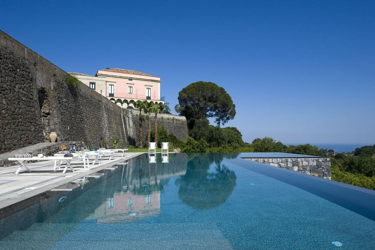 RT @cntraveller The weekend escape plan: 6 out-of-the-city escapes, from Somerset to Sicily http://t.co/sPMTpsN7Pc