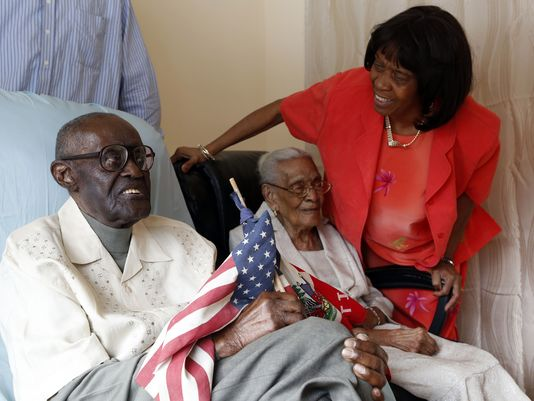 Husband, 108, wife, 105, celebrate 82 years married http://t.co/Ppx46TvWcP