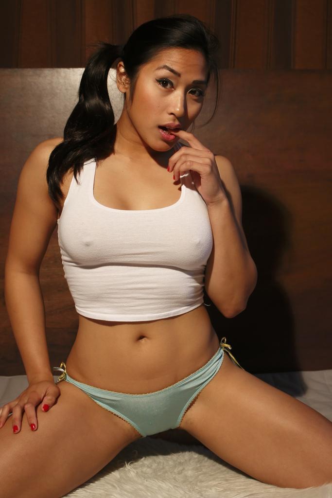 nude sexy hot pinay