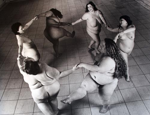 """Matisse Dancers,"" my absolute favorite photo that Nimoy ever took, from his Body Project. http://t.co/QADTueS6O6"