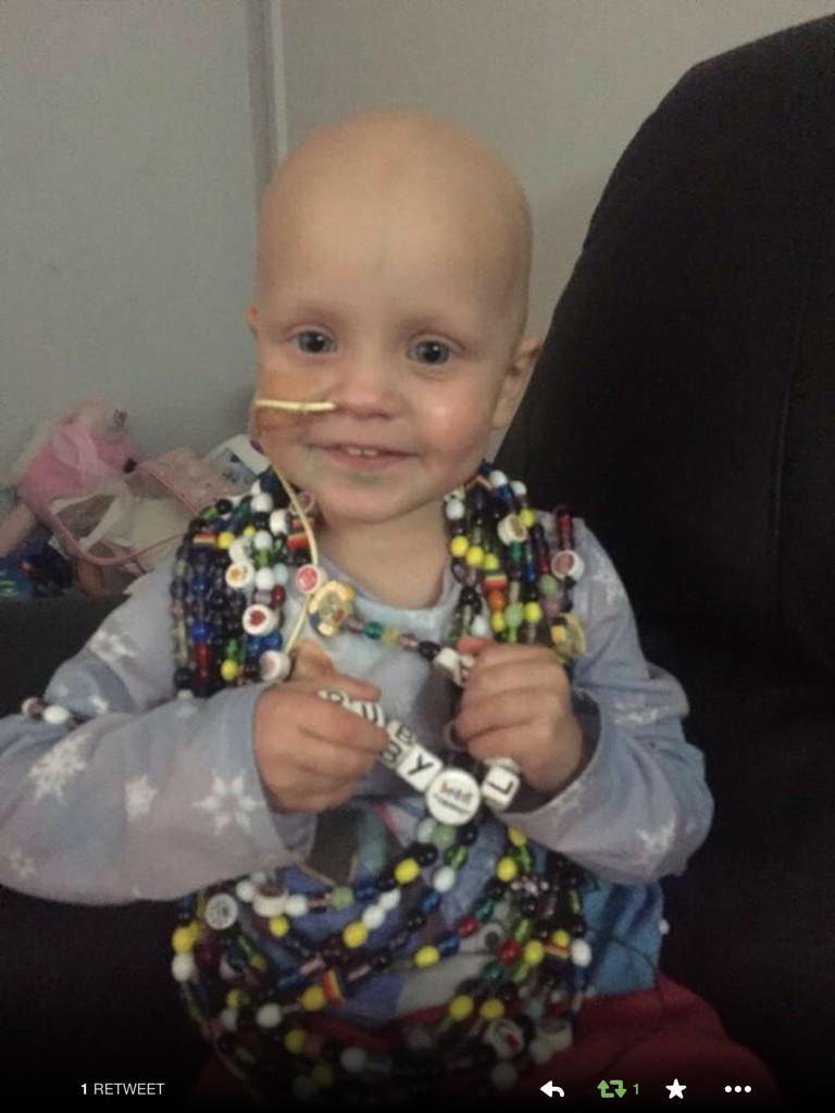 RT @natashanancy: @lemontwittor Please help spread awareness for Ruby - she needs treatment - http://t.co/tSIfQLkrsI #rubylaura RT http://t…