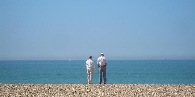 How to Care for Your Aging Parents http://t.co/qGWb8snJPL http://t.co/rOpdG781r7