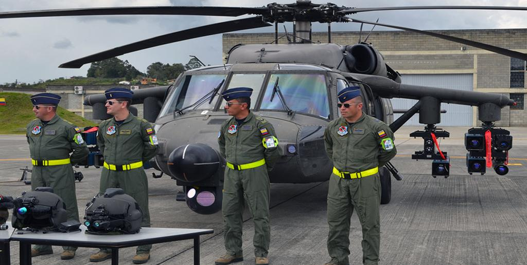 Armée Colombienne / Military Forces of Colombia / Fuerzas Militares de Colombia - Page 12 B-6pxZfW8AAF-k5
