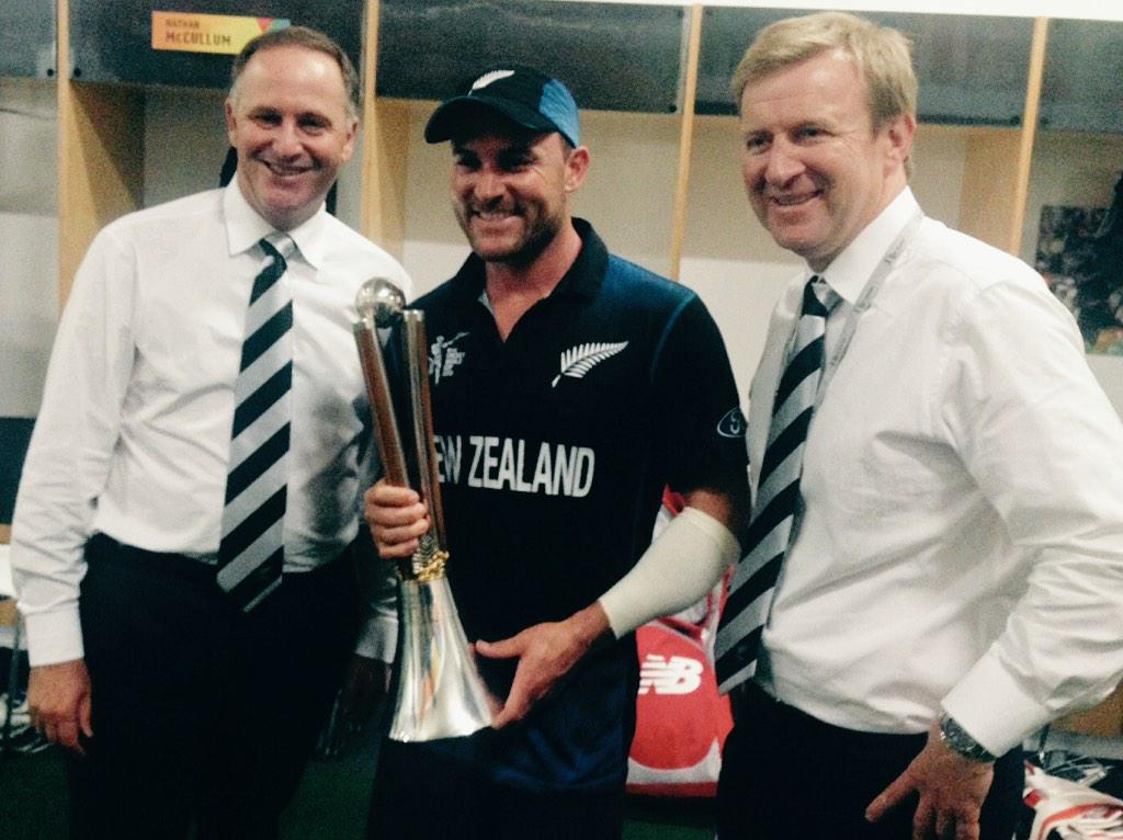 What a phenomenal match! It was great to congratulate the @BLACKCAPS in the changing rooms after #backtheblackaps http://t.co/azvHRVUoXB