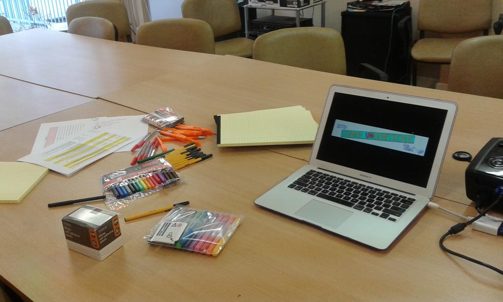 Coloured pens! Its going to be a great #comicsunconf15 http://t.co/DqQ92FQPtd