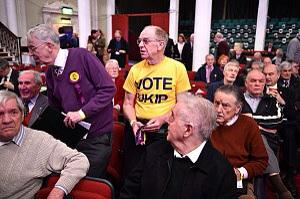 Is it time that we took a closer look at UKIP? - Page 21 B-9EdUmXAAESfuF