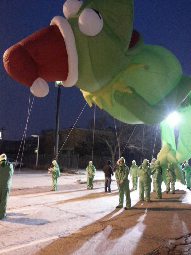 A little know fact about WSU: we sponsor the Kermit balloon in the Thanksgiving Day Parade  #JRLWeb #wsujclass http://t.co/Rlu3o5V2SJ