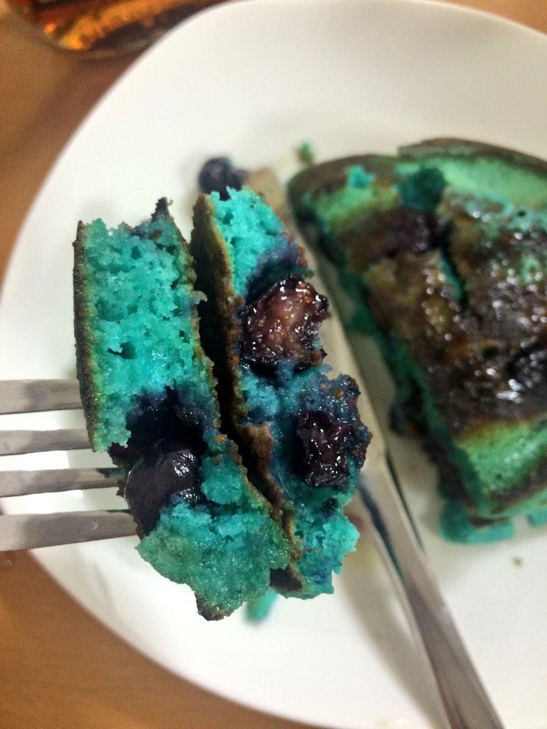ブルーベリーホットケーキ美味しかったですヾ(*´▽`*)ノ pic.twitter.com/x6RqjPH5LZ