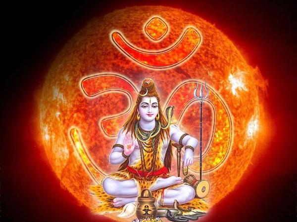Happy #MahaShivratri to all. May the blessings of Lord Shiva always be with you. #हरहरमहादेव http://t.co/DQzj57Idm7