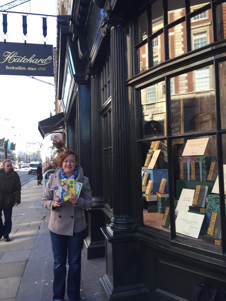 Introducing the three-book-rule (but really, one is more like a pamphlet) @Hatchards @ChattoBooks http://t.co/v7KRCVS3at