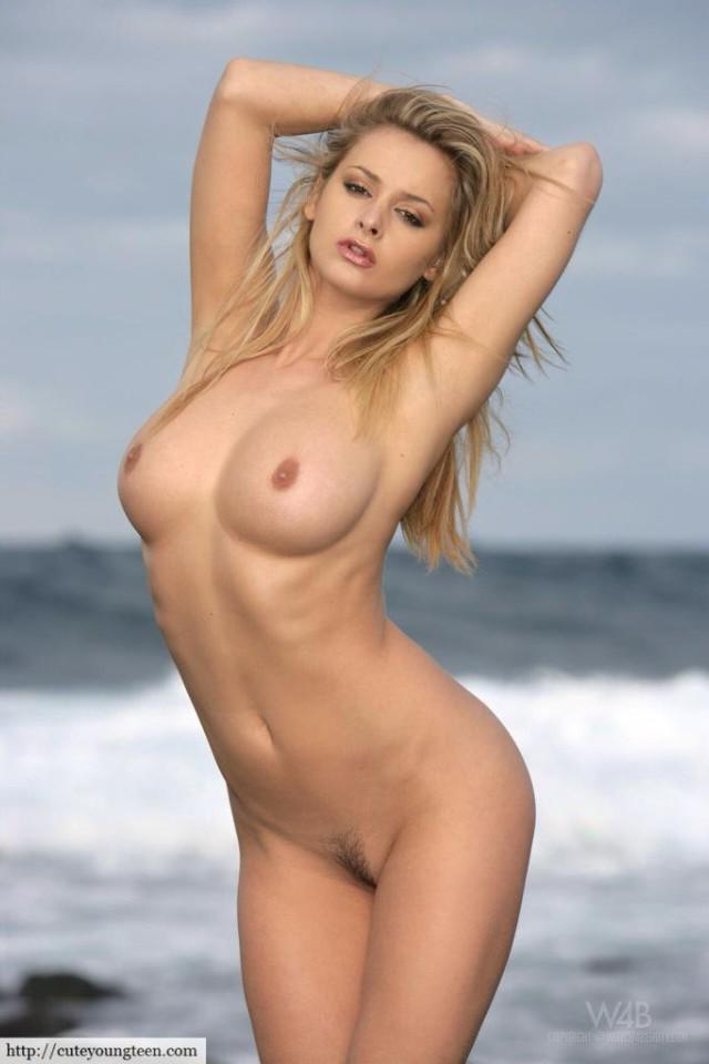 tiny titties los angeles high class escorts