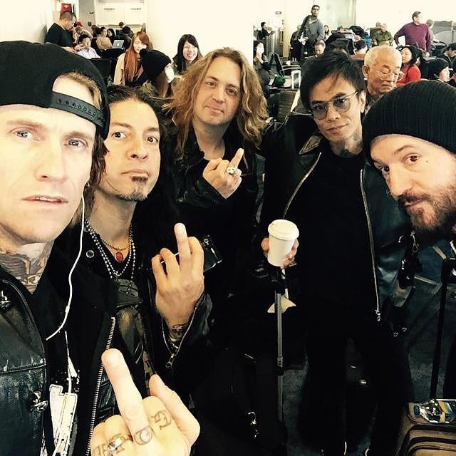 On our way to Japan, see you soon Tokyo! http://t.co/HAHDZs5Ddp
