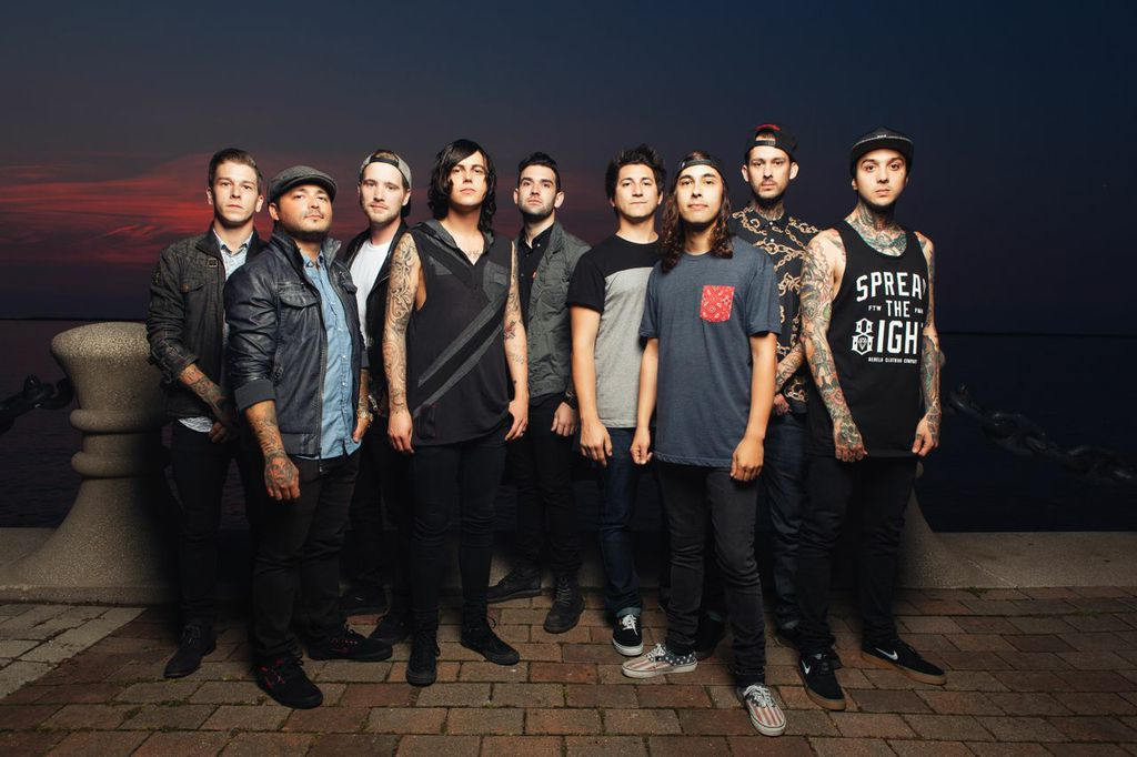 Last shot at tickets to @SWSband & @PiercetheVeil SOLD OUT show tomorrow! Enter our sweeps at http://t.co/EiqRAYxrbi http://t.co/A3gJ1i8GYM