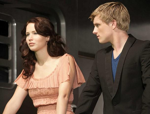 Omg hunger games fans--you must see this creepy deleted scene that
