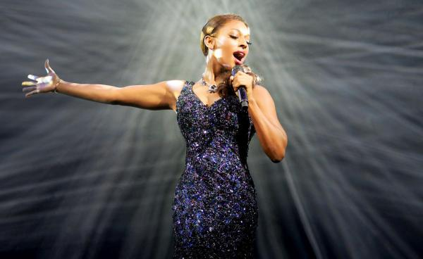 RT @dailyecho: Did you see @TheBodyguardUK at the @mayflower? Here's our verdict: http://t.co/c1rJn08C7e (@alexandramusic) http://t.co/a8VS…