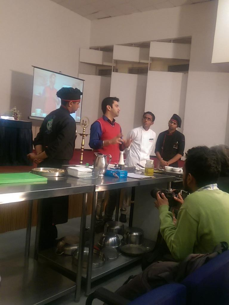 Avocados in cuisine with @ChefKunalKapur. Let's see what's next. Can't wait http://t.co/uCl9C18LHZ