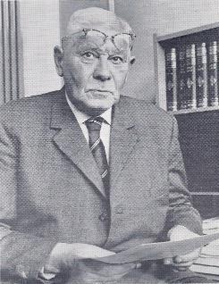 """Ir. W.A.B. Meiborg bewees in 1963 dat Groningen zou verzakken. De NAM: """"Een dorpsgek."""" http://t.co/CEdofUOxfg http://t.co/Q6opeaCo28"""