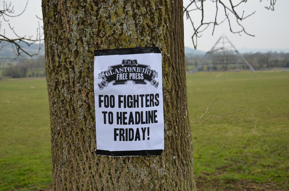 We're very pleased to confirm that @foofighters will headline the Friday of this year's Festival. http://t.co/mZbfMOh6e5