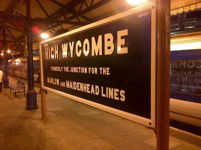B JaiY6CcAAldMm - Marylebone station's anniversary