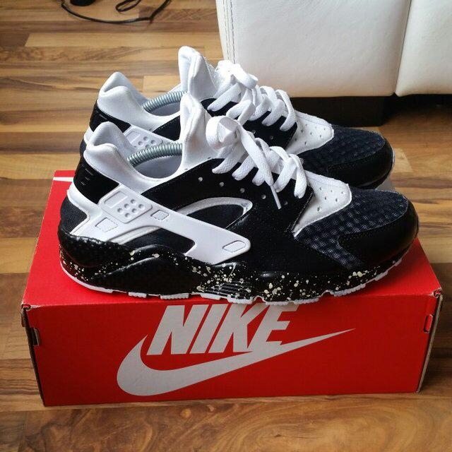 sports shoes f7ea6 baecf Contact. The Place Investment Group Inc. nike huarache custom