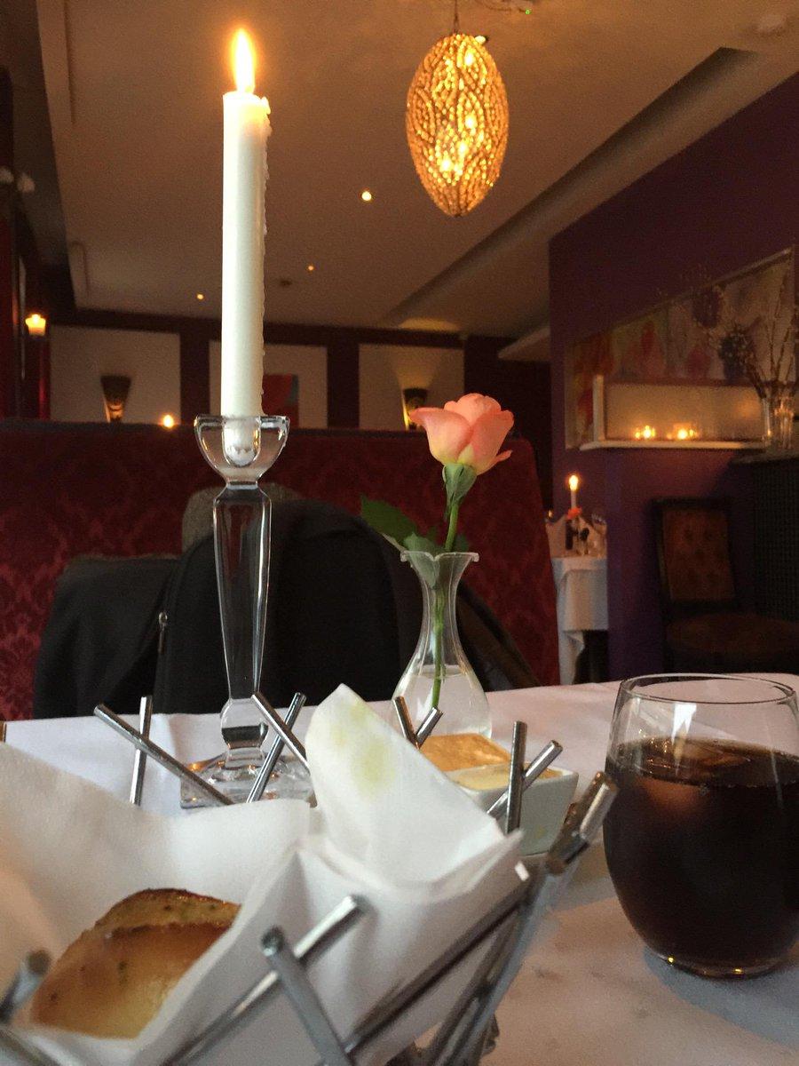 """Gunnar R Tjomlid on Twitter: """"Pre-foredragsmat (@ Brasserie 74 in ..."""