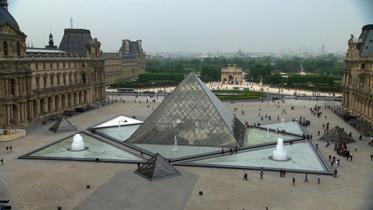 MT @SmithsonianChan: Is the #Louvre on your bucket list? Then don't miss @MuseumSecrets at 8 http://t.co/1G1CXj74IF http://t.co/tN7wrztd1C