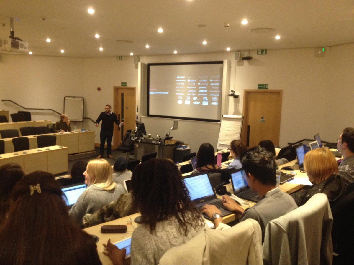 Today @danielbianchini is speaking to masters students in marketing at Oxford Brookes about Google Analytics! http://t.co/Np3S2vS2P2