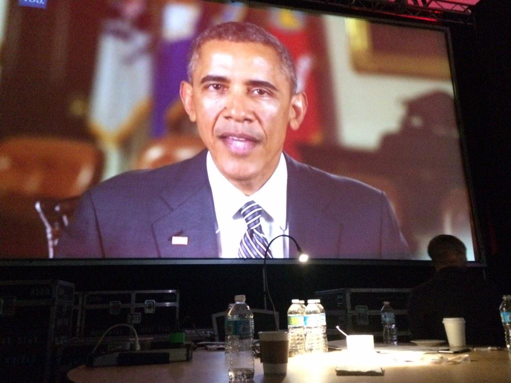 """""""Half the data science jokes my staff came up with were below average."""" @BarackObama at @strataconf http://t.co/Imoxfofg3g"""