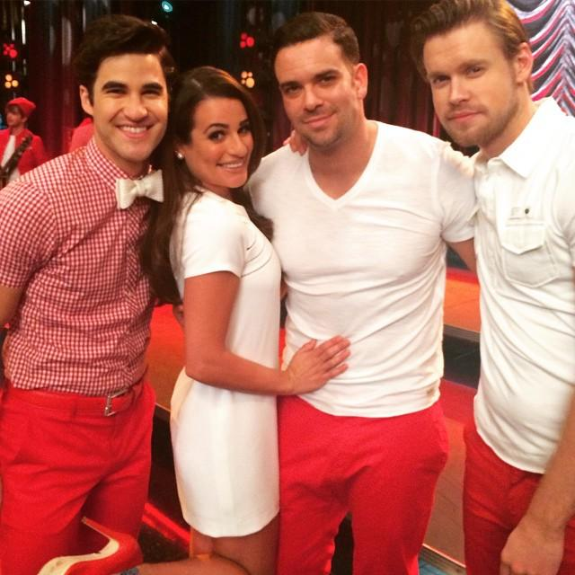Can't believe it's been 6 years. Love them msleamichele darrencriss chordover #gleefamily http://t.co/r5xsVfwX7i http://t.co/qKngIimo5F